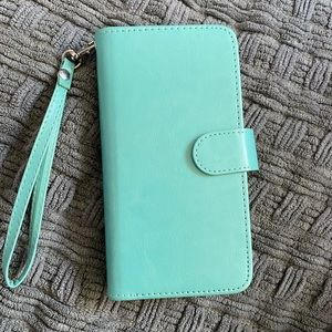 iPhone XS Max wallet/case